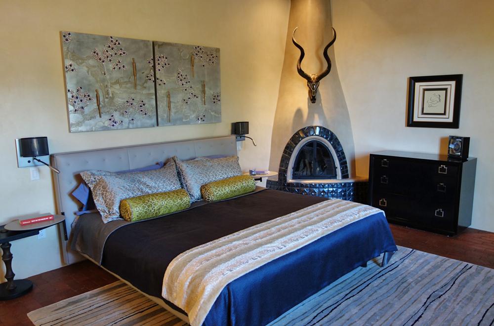 VictoriaPrice_Chapel_bedroom_feature1.jpg