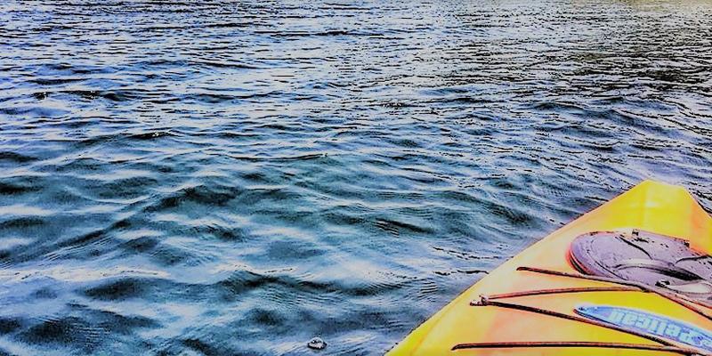 vaseaux-lake-kayak-okanagan-falls-valley-vagabonds