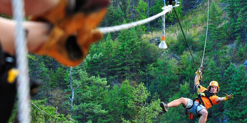 zipzone-ziplines-peachland-okanagan-valley-vagabonds