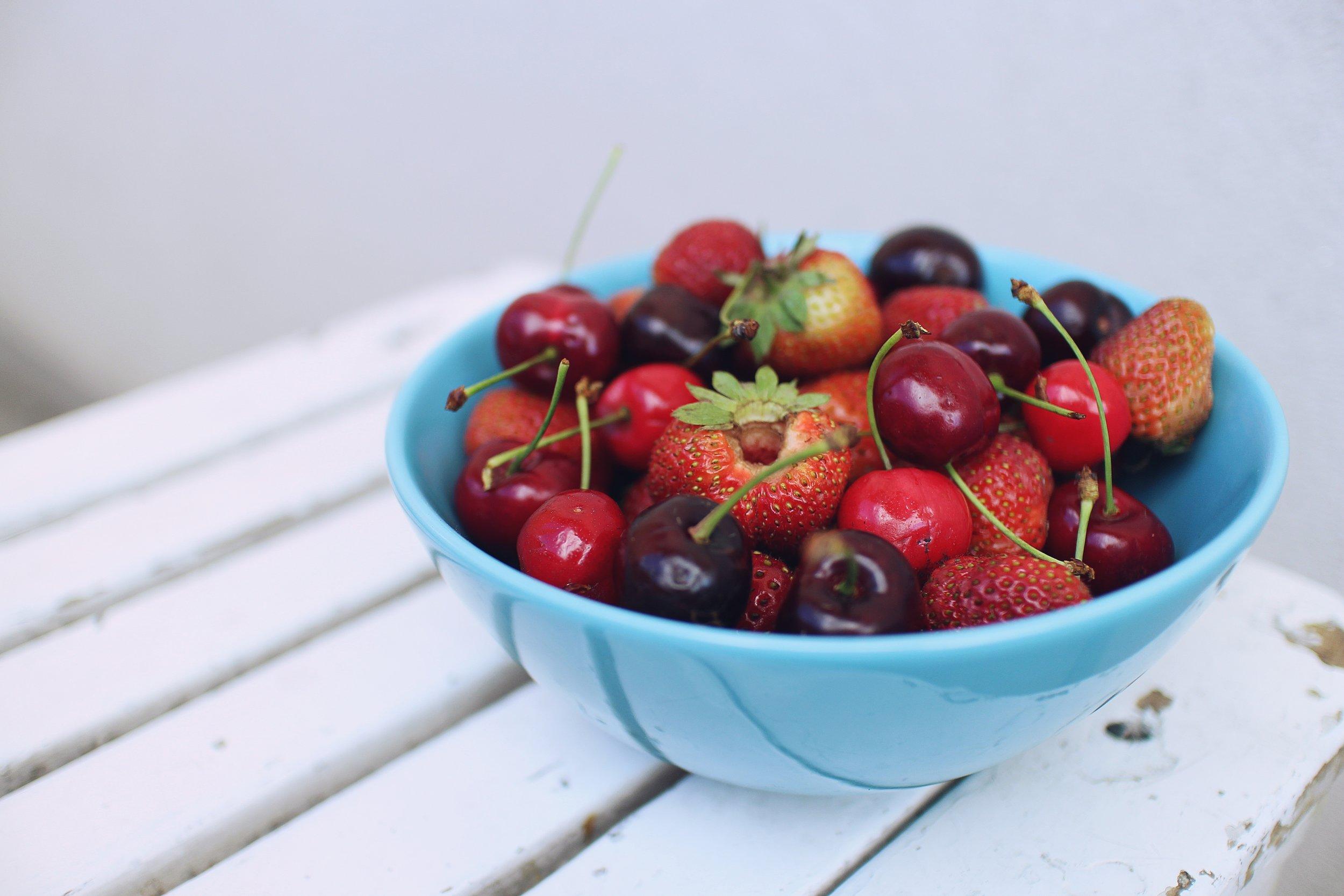 berries in bowl.jpeg