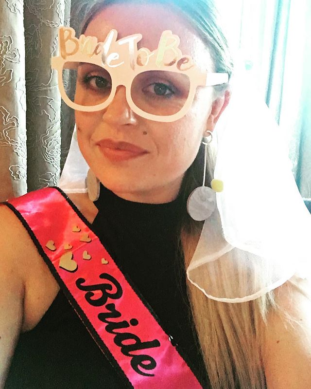 We've been soOoOoOoOo busy wedding planning/hen do-ing that there's been very little time for insta-ing (sorry!!) Summer hols are here though and we will have a couple of new, exciting pieces coming your way V V V soon!! In the meantime here's a pic of lil ol me, in all my #bridetobe finest wearing the DROP DISC EARRING —-   available online RN www.appinandthird.com #appinandthird #dropdisc #dropdiscearrings #recycledsilver #bridetribe