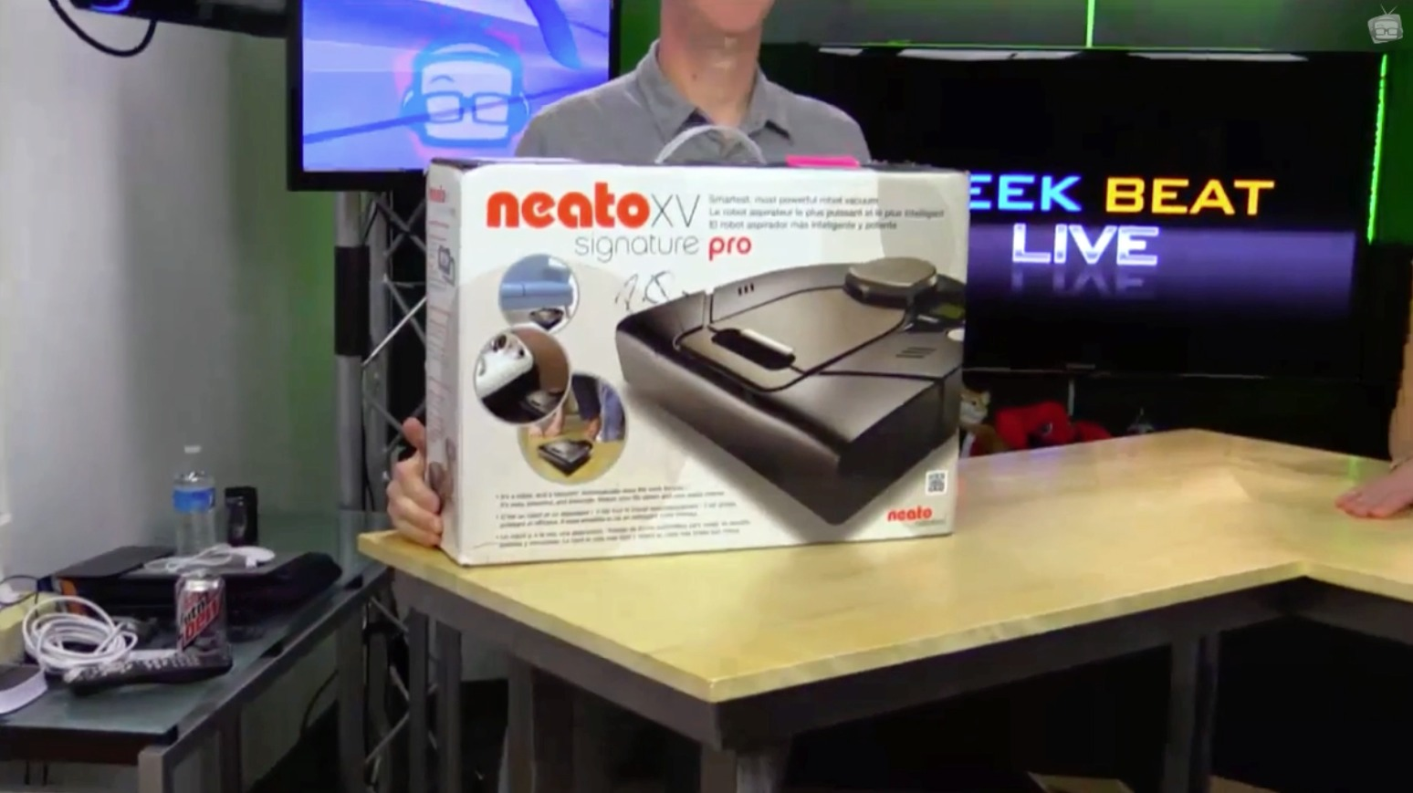 Neato • GeekBeat Live