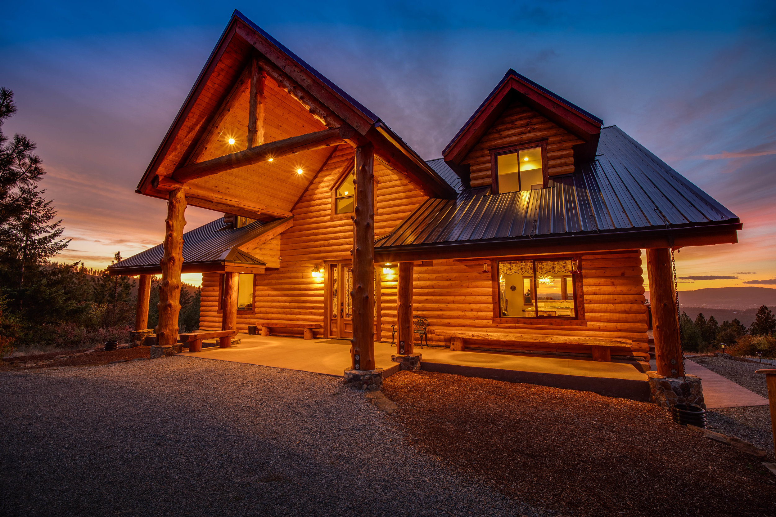 Redemption Rock Lodge at Sunset.