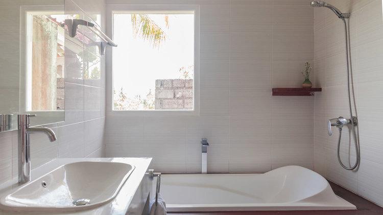 Biu-Bath.jpg