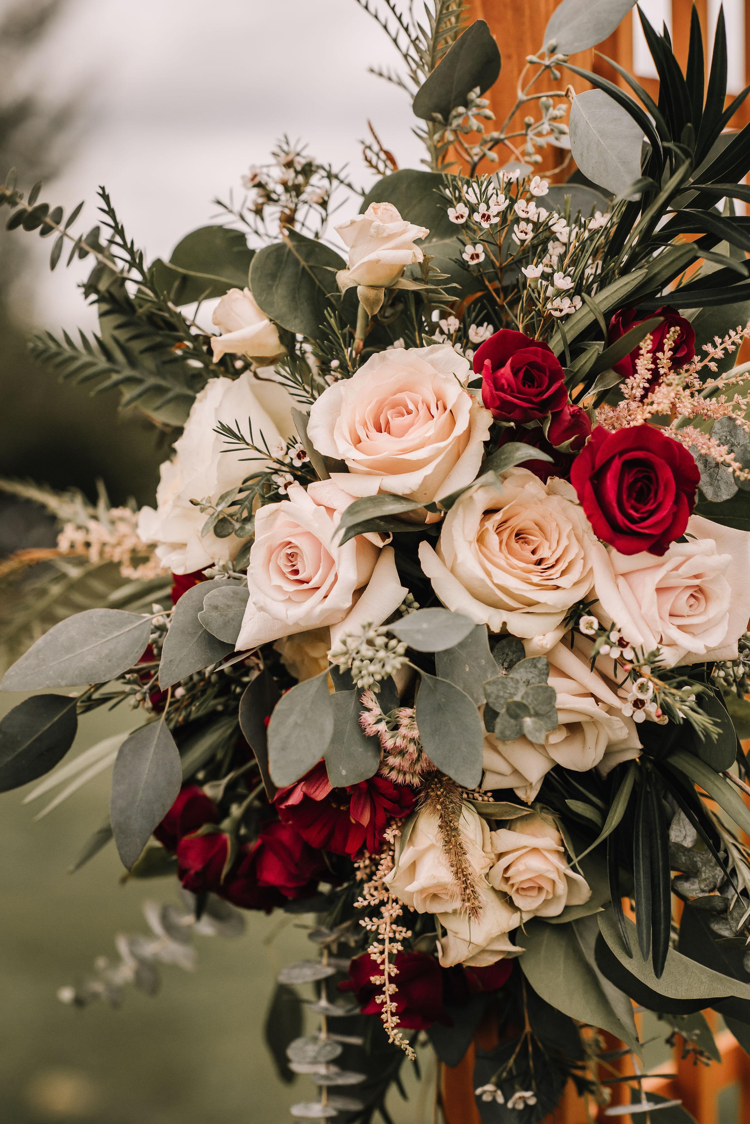 flower_wedding_arbor
