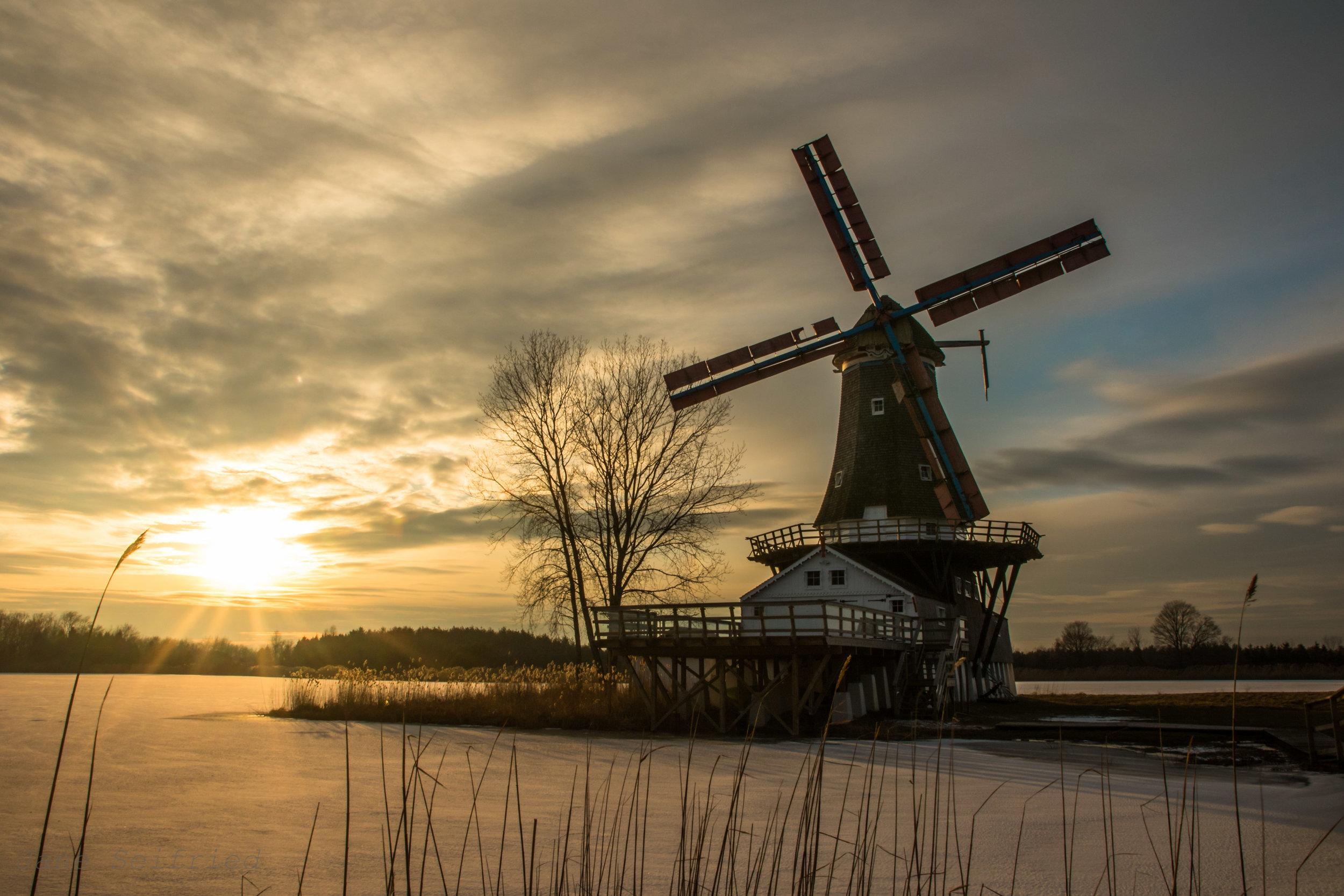 Windmill Lake Winter