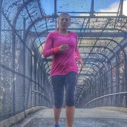 Becca Lipscomb Marathon @BeckstaRuns