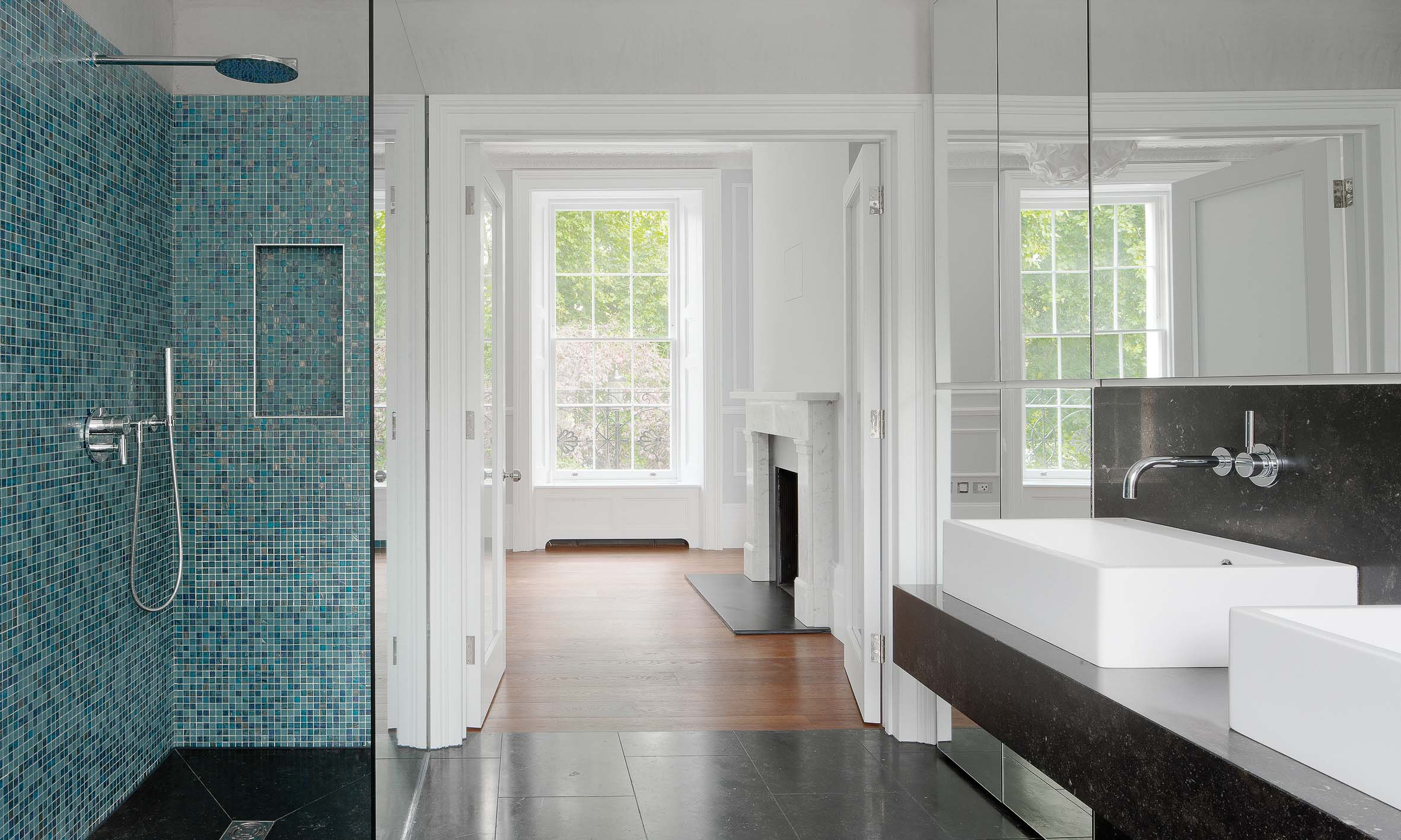 Master bathroom for the proeprty