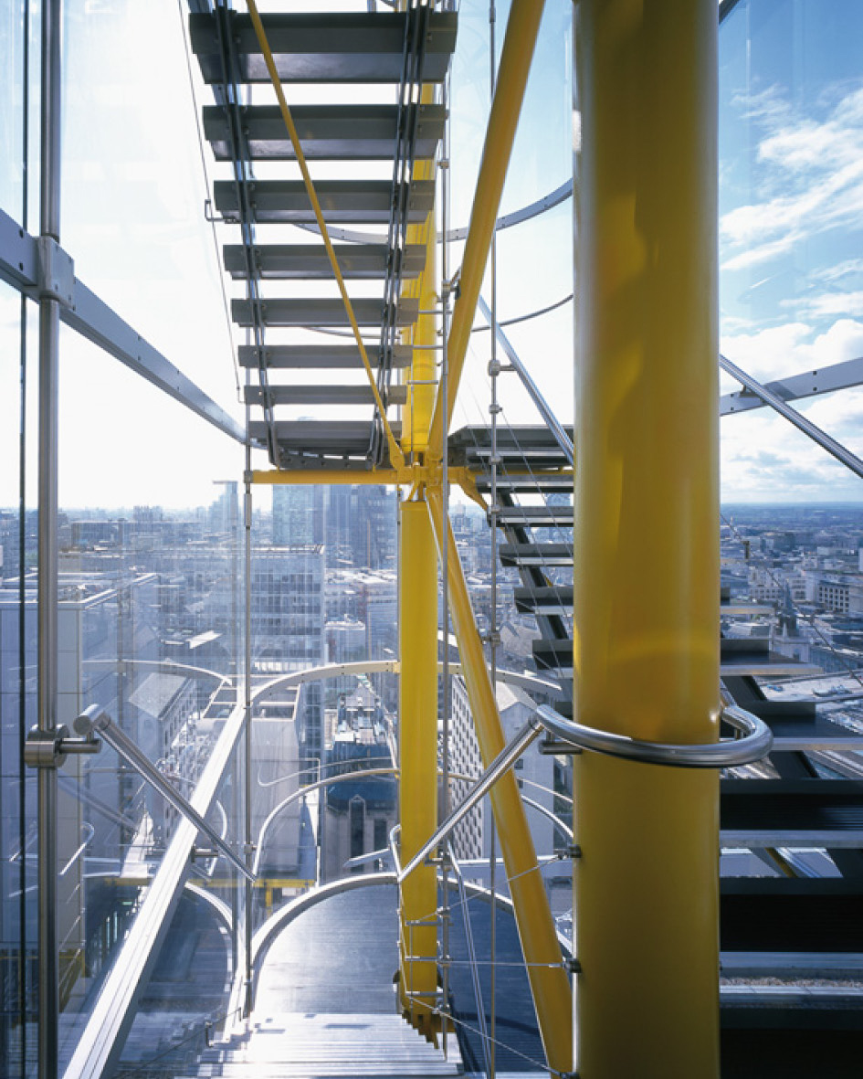 The glass and steel staircases pop out of the edge of the building giving breathtaking views of the city. Triple glazed Low Iron glass manufactured by Saint Gobain allow crystal clear views out of the building.