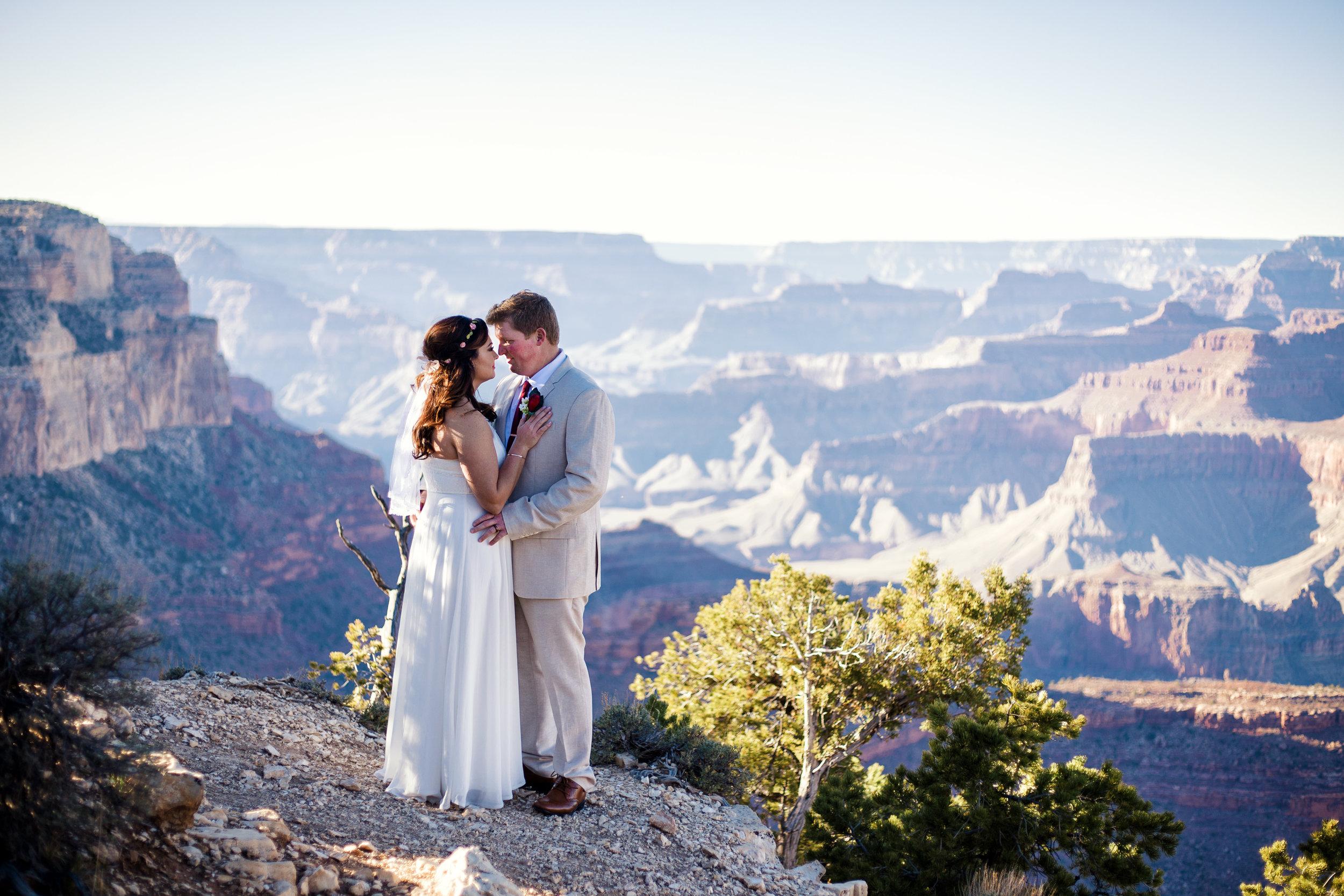 Winter wedding at Grand Canyon.