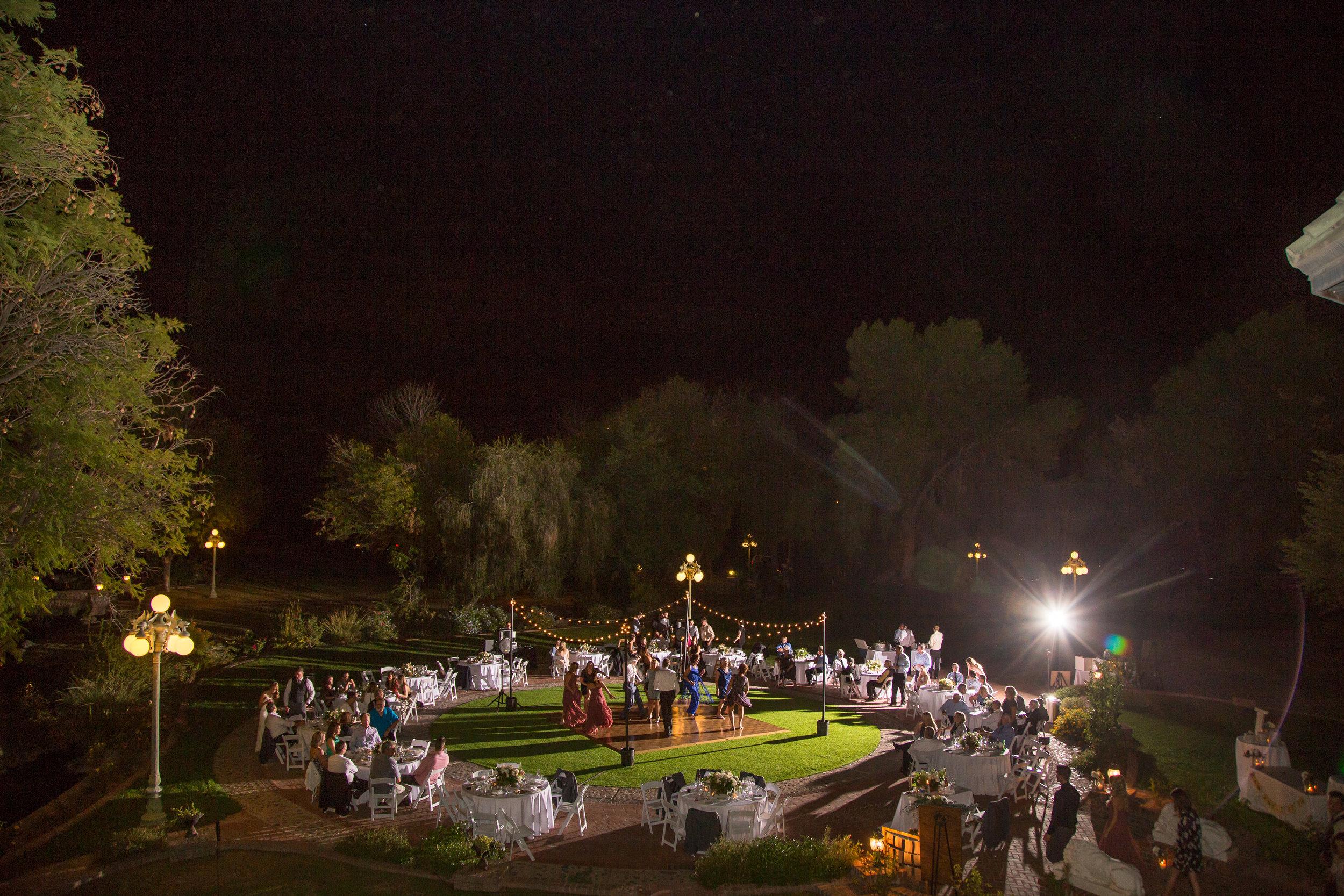 Reception under the stars at Chateau de Vie