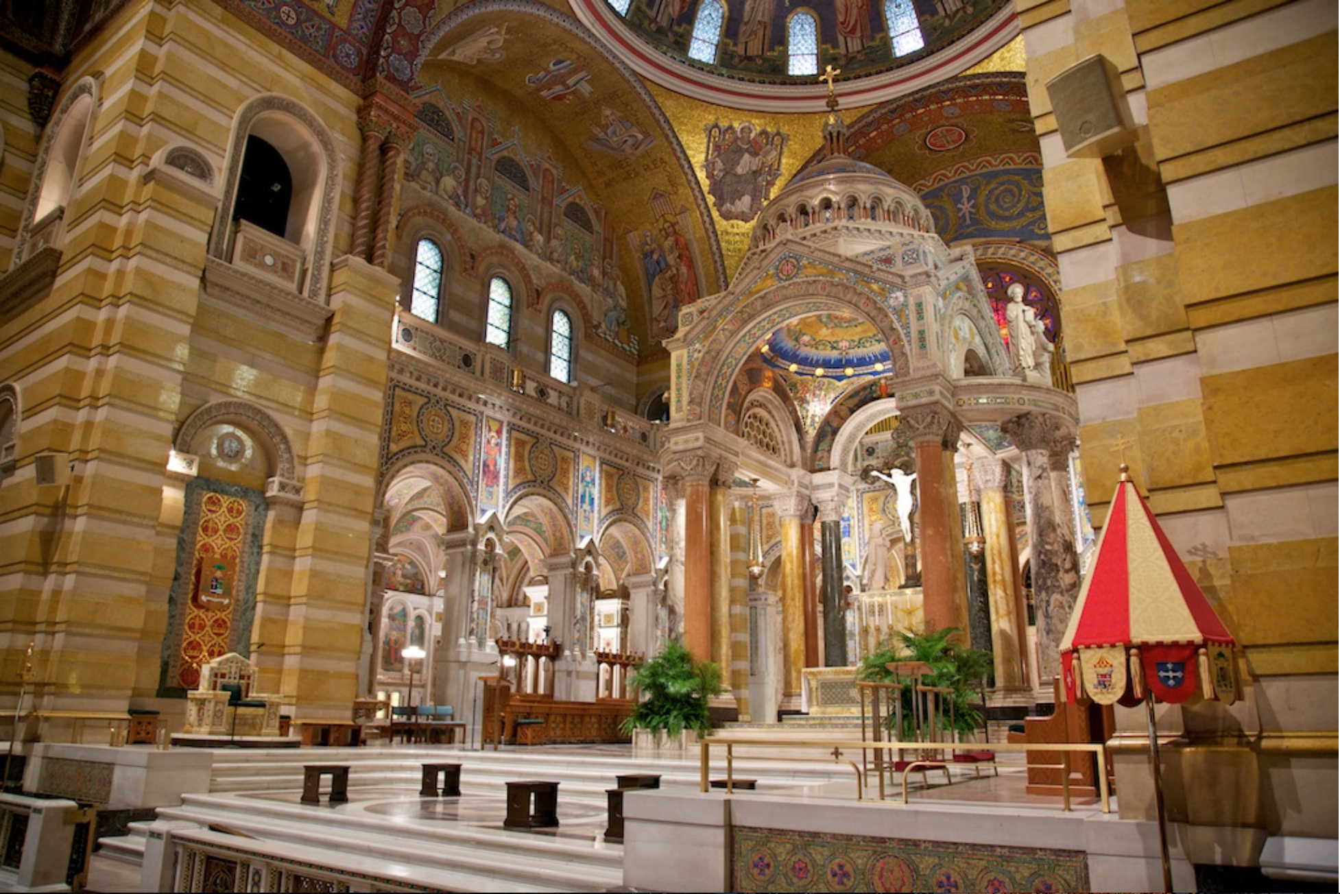 Overall Image of New Cathedral (Interior with Fleur-de-Lis Symbol).png