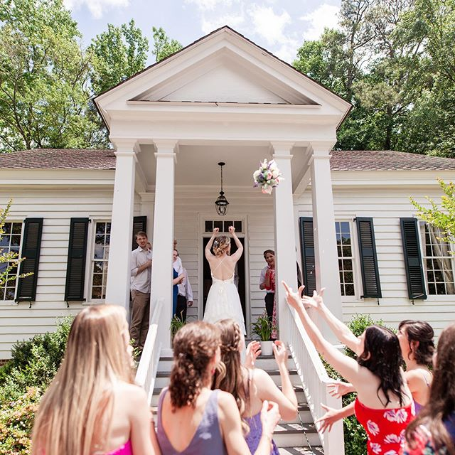 If you're next...let us host your big day! We're already booking into fall of 2020, so don't wait! Make an appointment to take a tour by clicking the link in our bio. *Photo credit: Jennifer Marie Photography #weddings #bride #bouquet #bouquettoss #southernwedding #weddingplanning #weddingvenue #weddingday