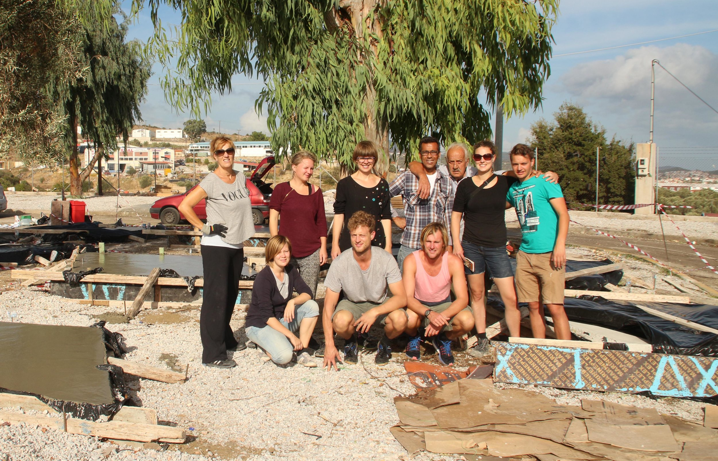 part of Roof for Humanity team l'Abri 1.0 team at Lesbos 2015