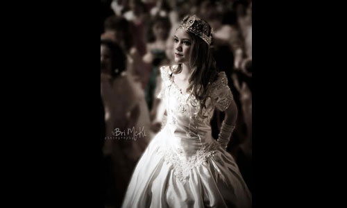Amber-Busse-as-Cinderella-in-Cinderella.jpg