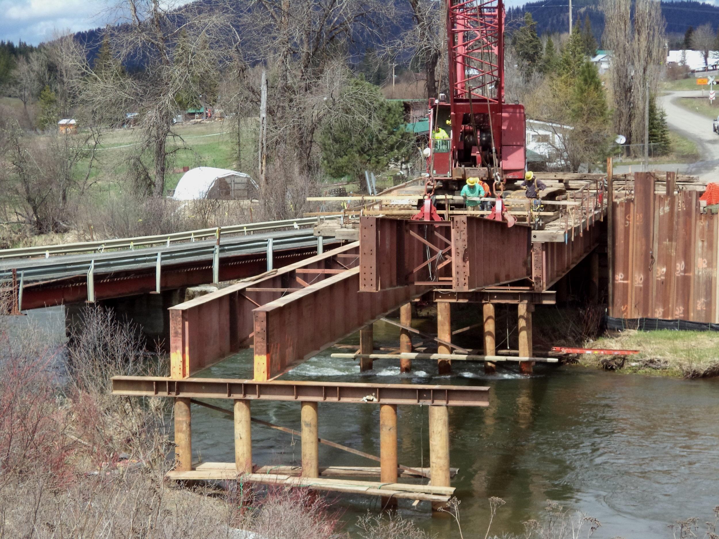 Carpenter+Creek%2C+Fernwood%2C+Old+Country+Road+Bridge%2C+by+Pat+Conro.jpg