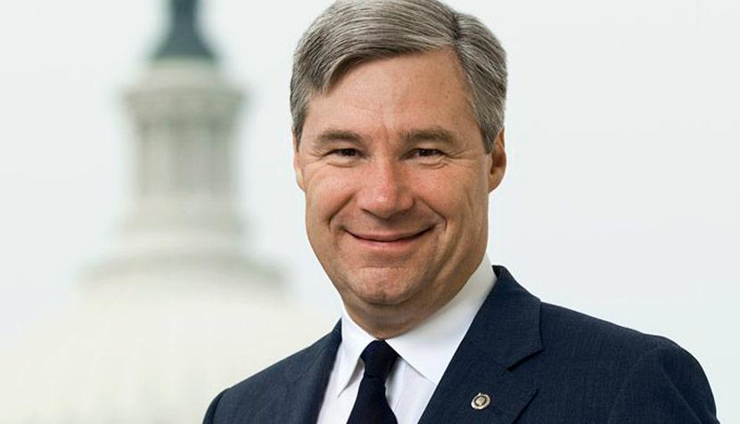 Senator Sheldon Whitehouse '82 discussed his career and his time at Virginia Law with the Law Weekly. Photo credit UVA Law.