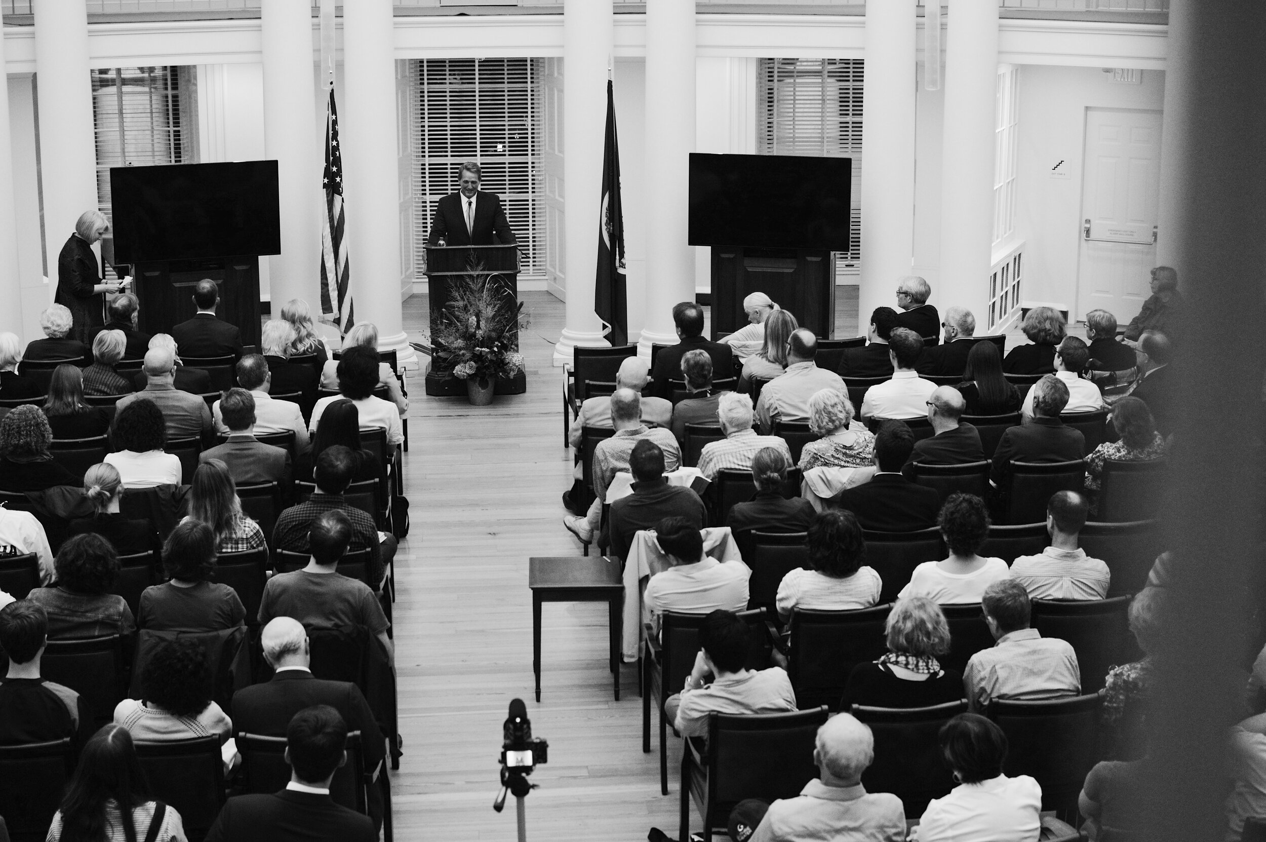 Retired Senator Jeff Flake delivers his lecture on civility in public discourse in the Rotunda Dome Room. Photo Credit Michael Schmid '21.