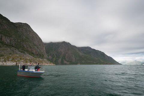 båtbilde 2 vannrett.jpg