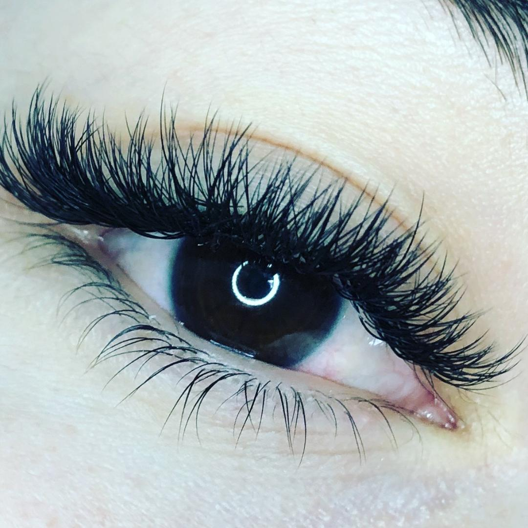 Lash Lab - THE TEAM AT LASH LAB STRIVES TO PROVIDE THEIR CLIENTS WITH SUPERIOR QUALITY EYELASH EXTENSIONS, AND SKINCARE SERVICES. ALL EYELASH TECHNICIANS AT LASH LAB ARE LICENSED ESTHETICIANS / COSMETOLOGISTS WITH SUPERIOR EXPERIENCE IN THE APPLICATION OF EYELASH EXTENSIONS.