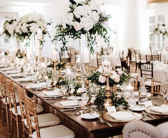 Lush harvest tables will never go out of style. #sadiesfloral 📷: @mattlien