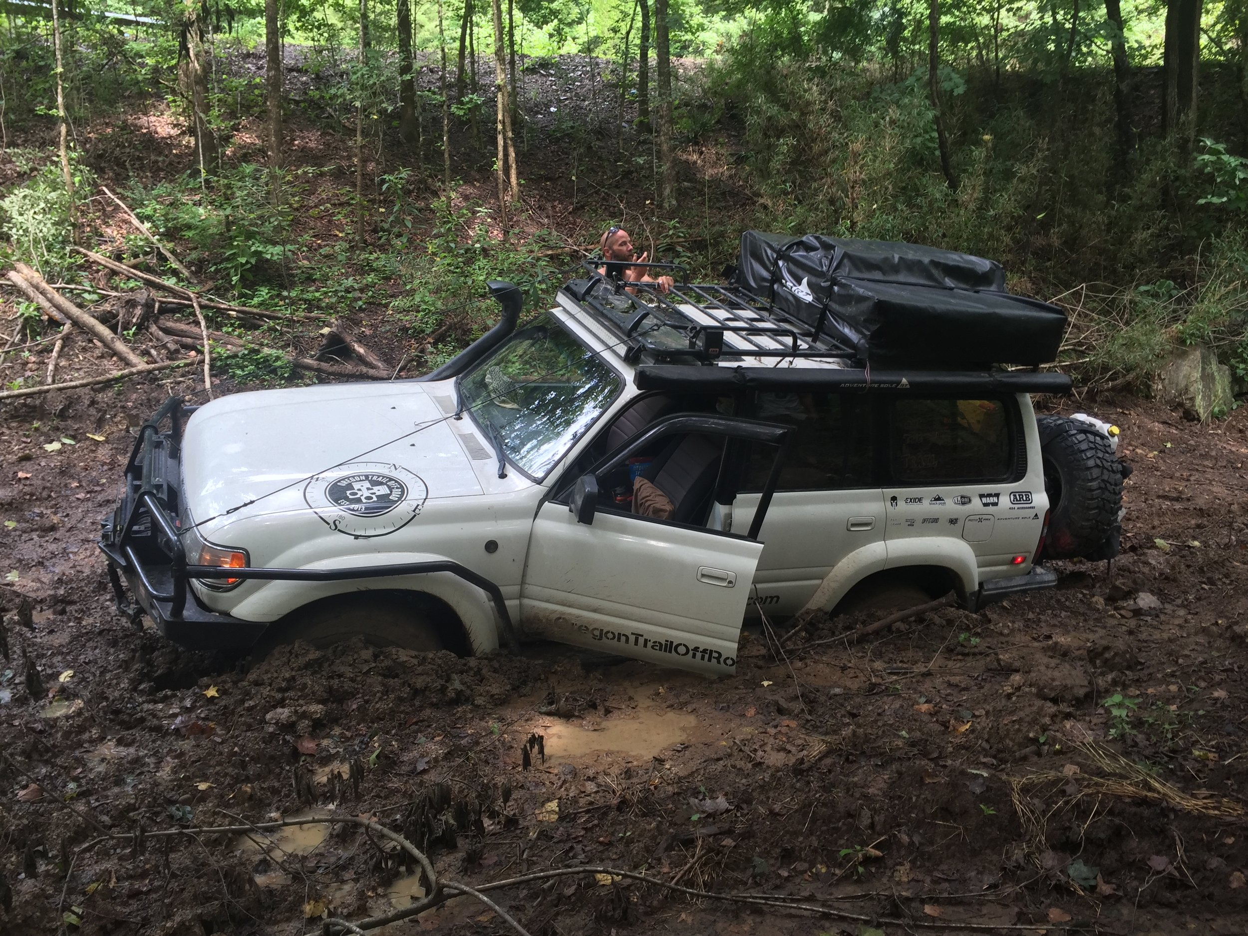 1993 Toyota Land Cruiser GVWR: 6525 lbs; weight as pictured: 7200 lbs, or 675 lbs over GVWR.