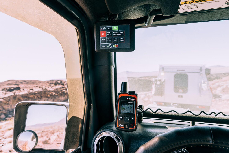 sPOD Touchscreen with CMM JK A-pillar mount (special thanks to @JK_Overland & PitcairnOverland).
