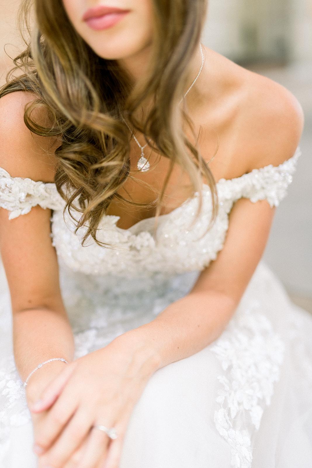 Cairnwood Estates wedding details26.jpg