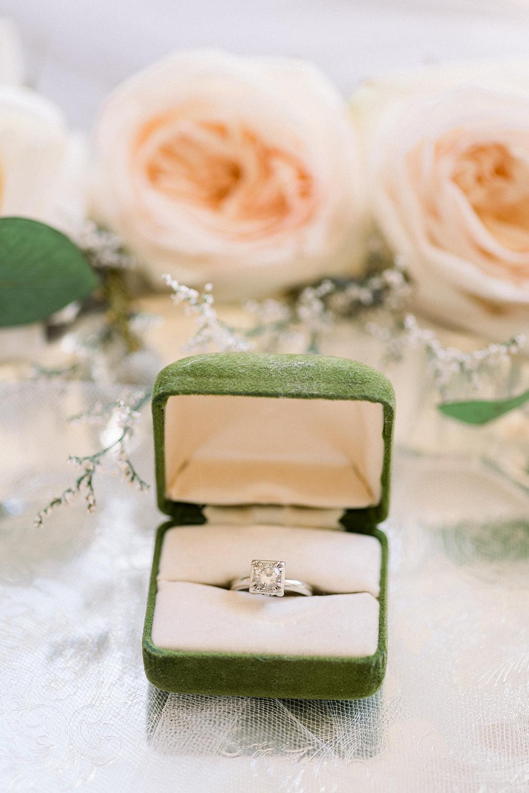 Cairnwood Estates wedding details80.jpg