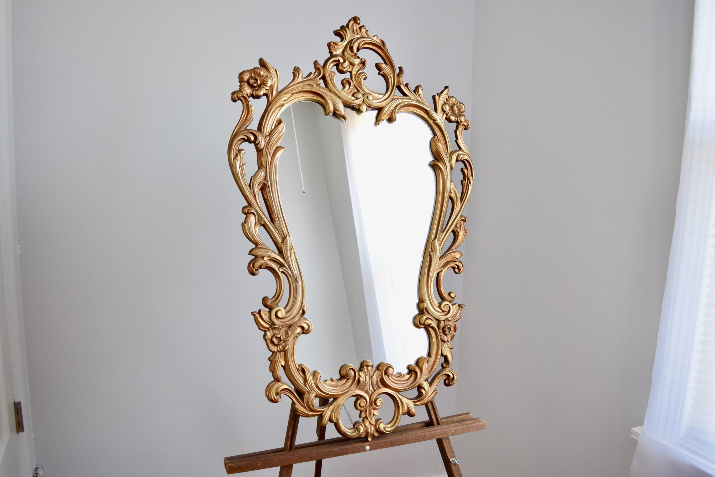 vintage oval mirror for wedding for rent.jpeg