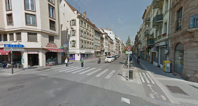 [Image:Pedestrian crossings integrate seamlessly with the sidewalks.
