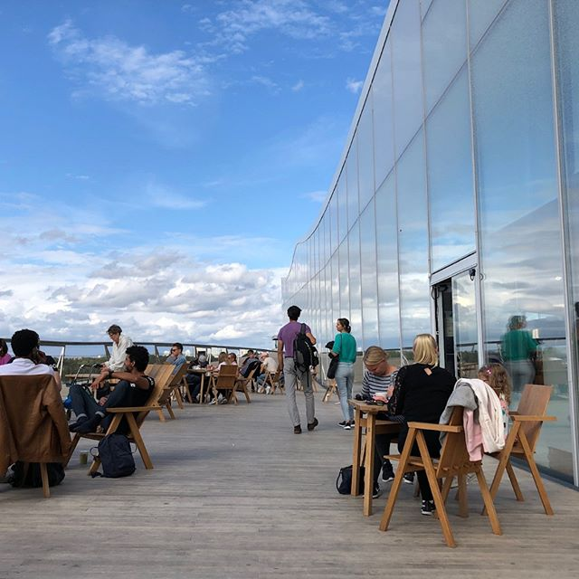 Roof top dining and daydreaming can go hand in hand up here on the top of the Oodi Library in Helsinki. The reflective windows extend the sky and inside, it's hard to tell it's not outside!