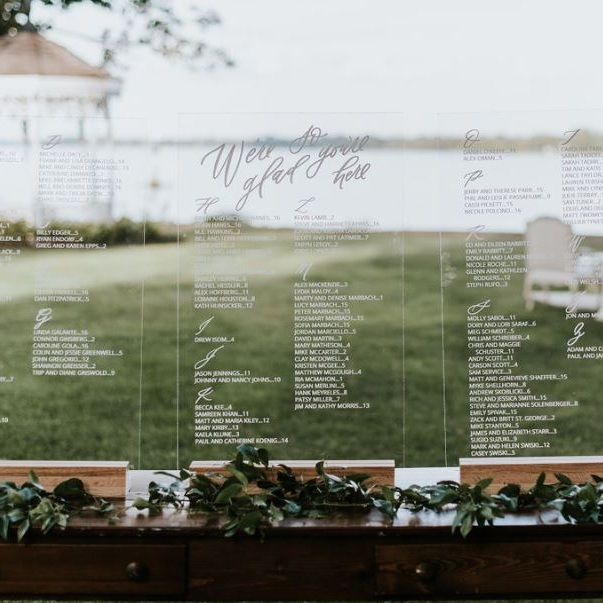 Real+Real+Wedding_+Elizabeth+++Carter+__+Boston+Meets+Philadelphia+++the+Perfect+Day-Of+Details.jpg