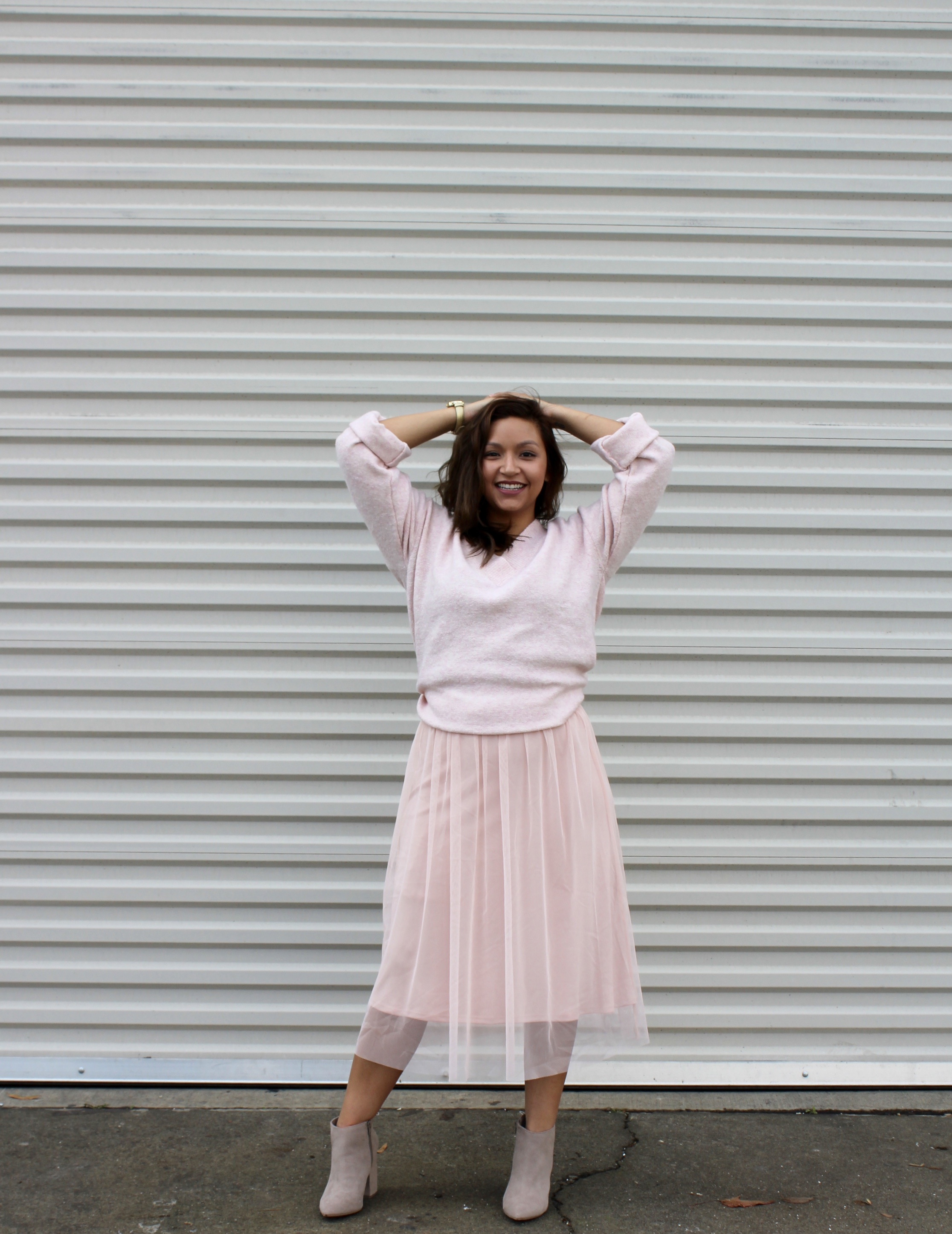 Blush Pink Oversized sweater with a Blush pink H&M Tulle Skirt