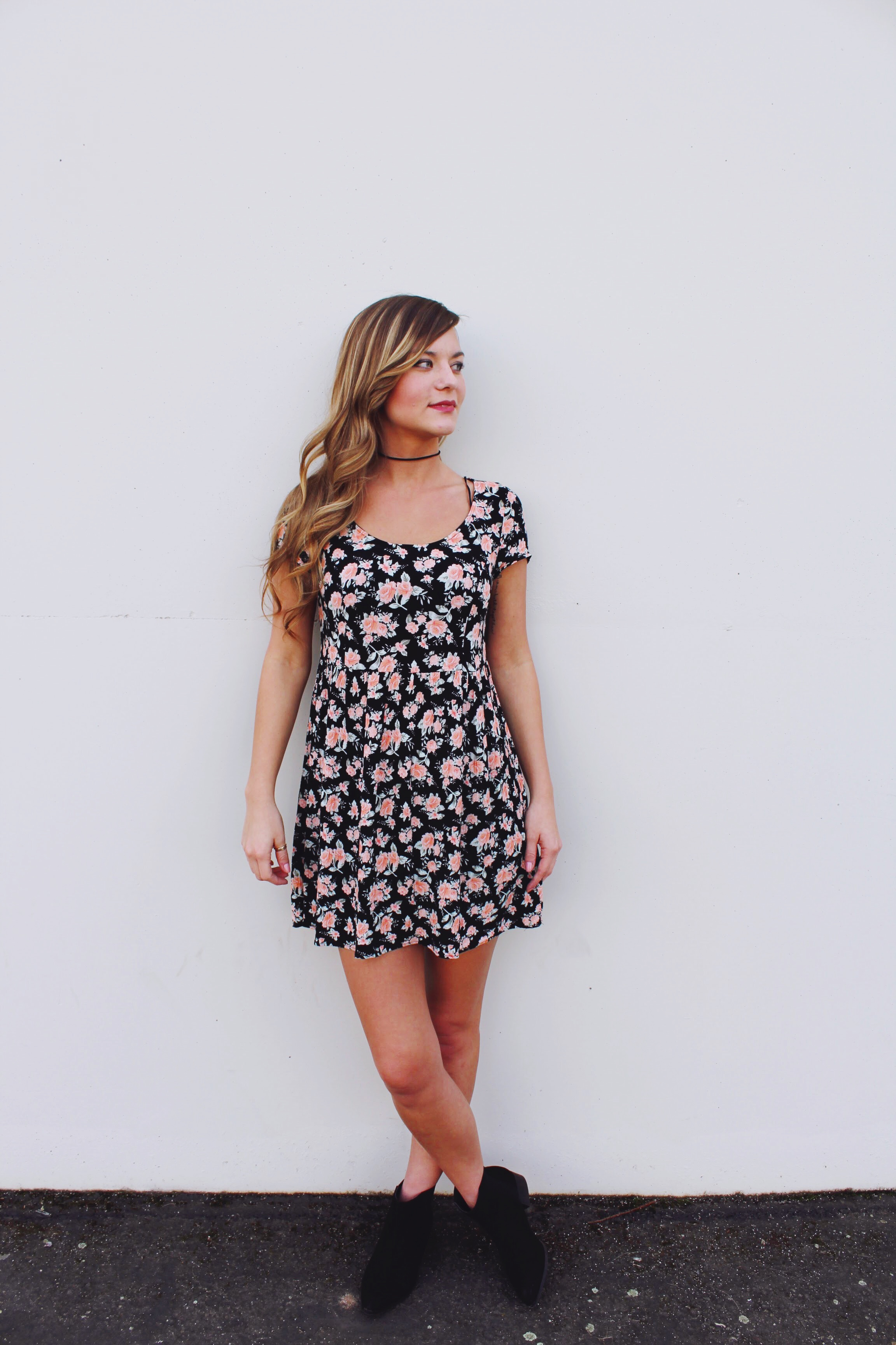 Floral 90's style dress with black suede choker