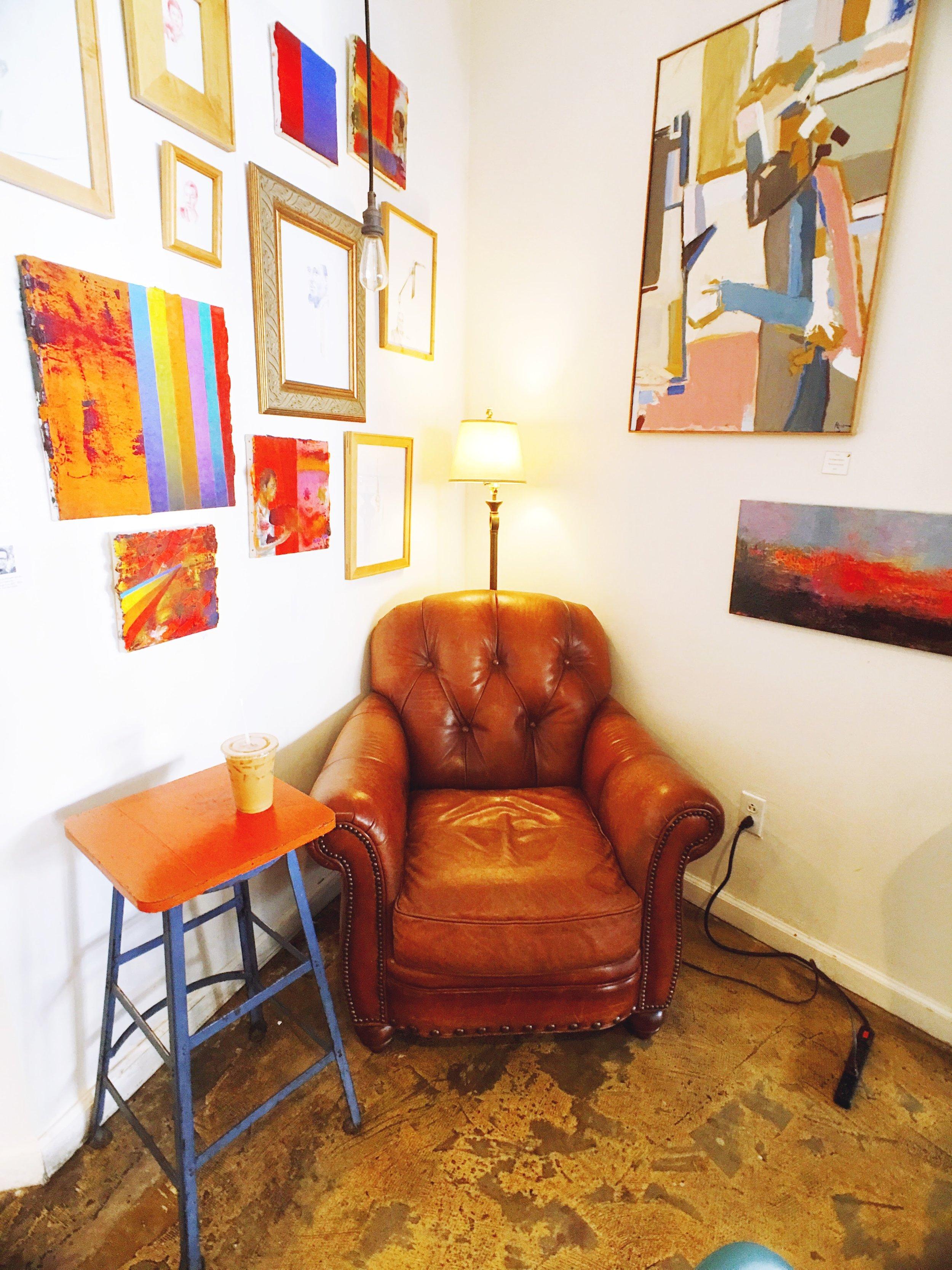 La Mo Cafe Cozy Coffee Shop Corner