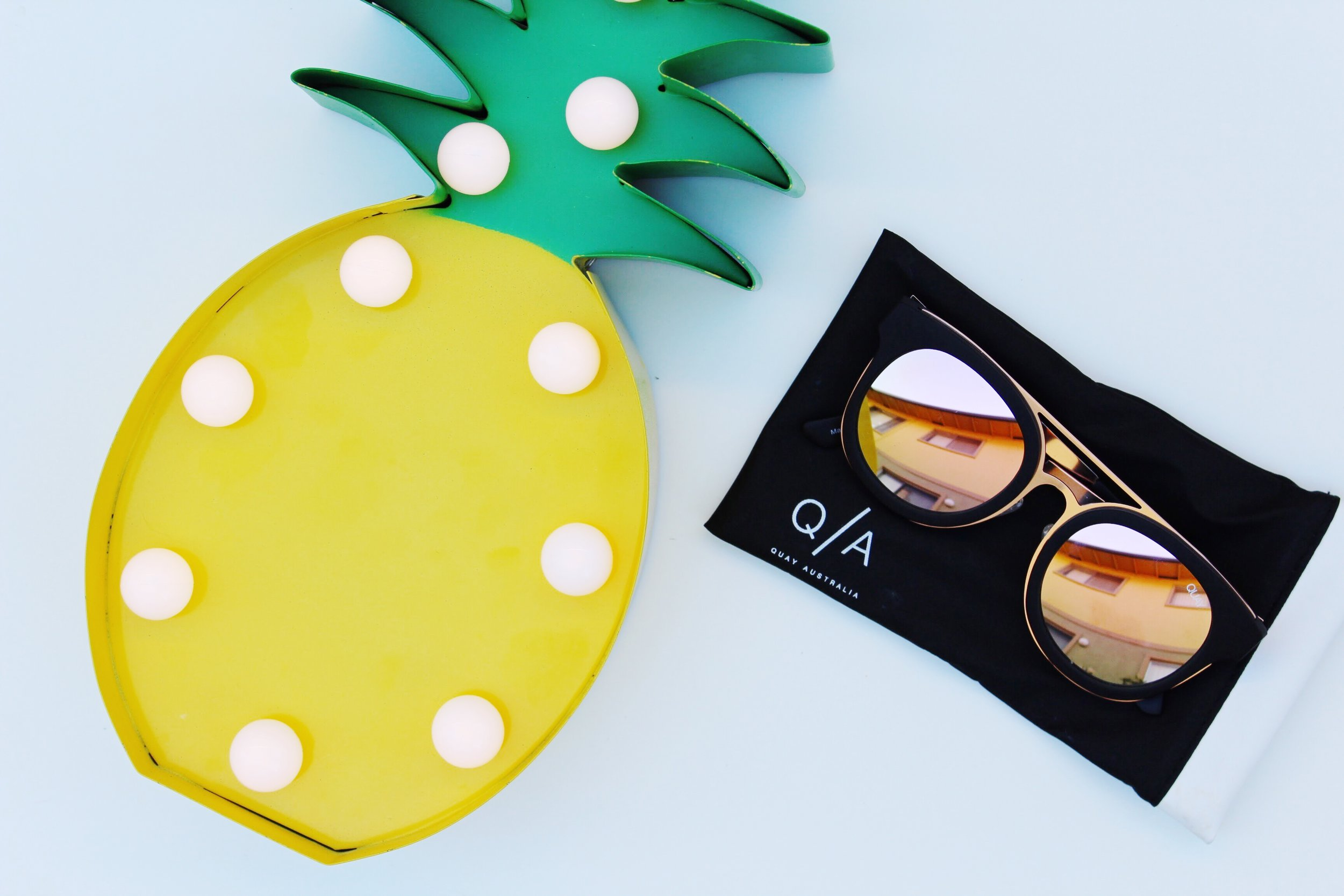 Pineapple Light & Quay Sunglasses