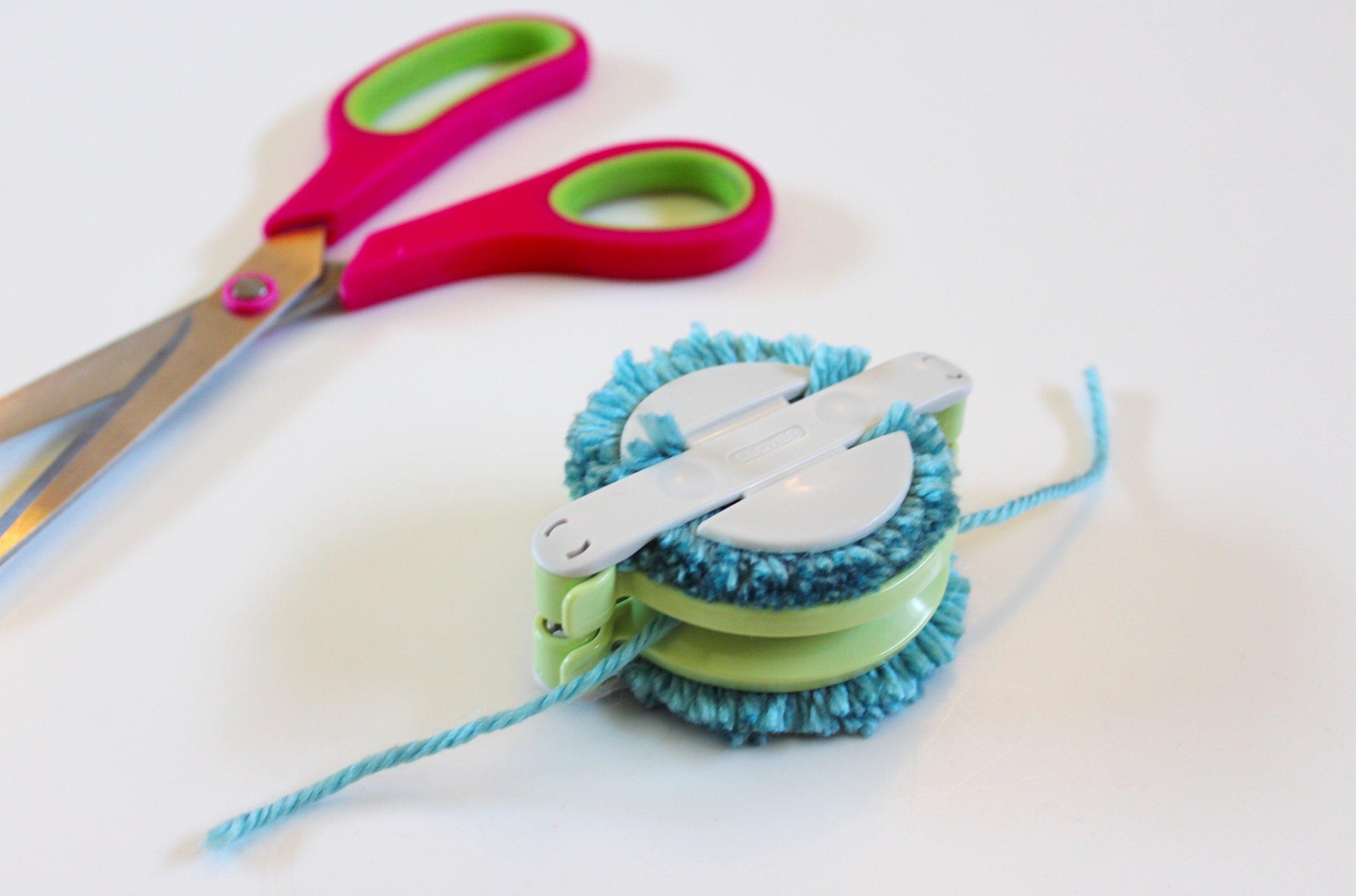 Clover Pom Pom Maker and Pink Scissors
