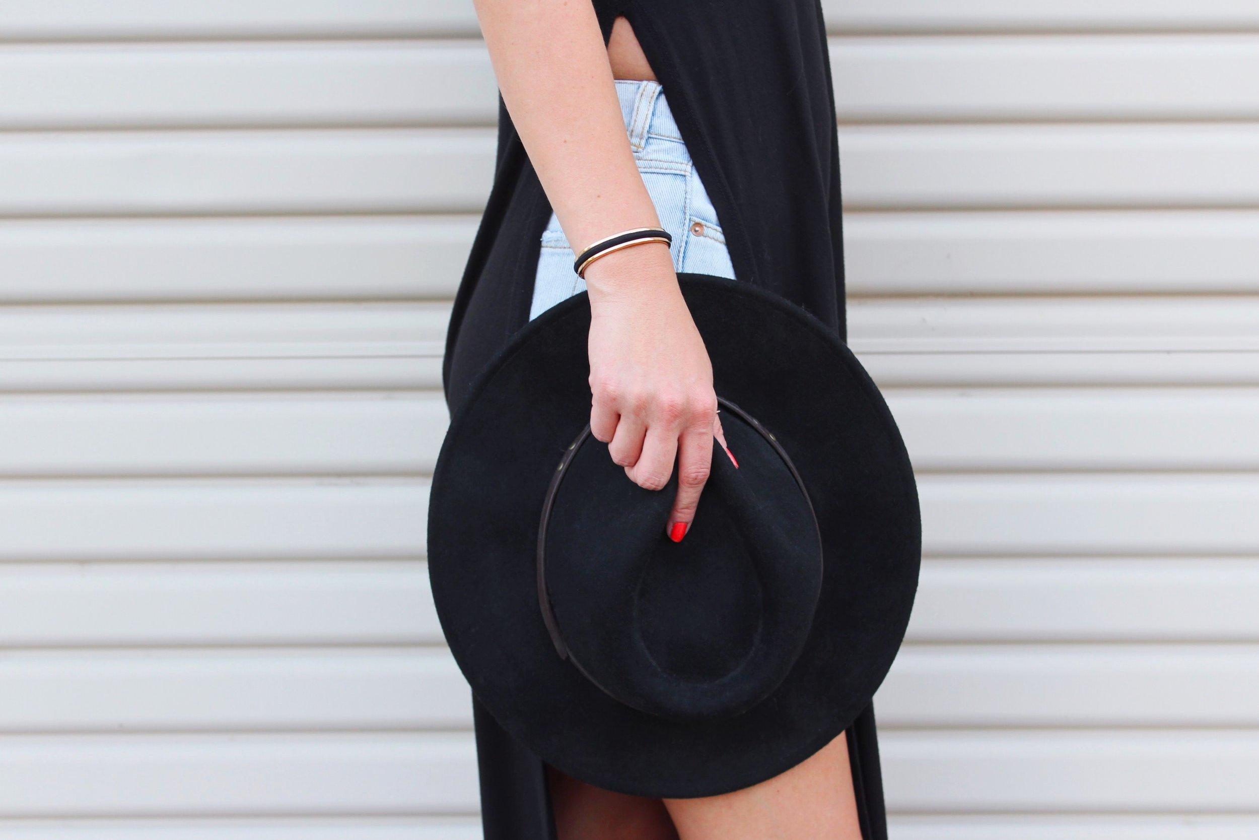 Black Wide Brim Fedora Hat and Maria Shireen HairTie Bracelet.