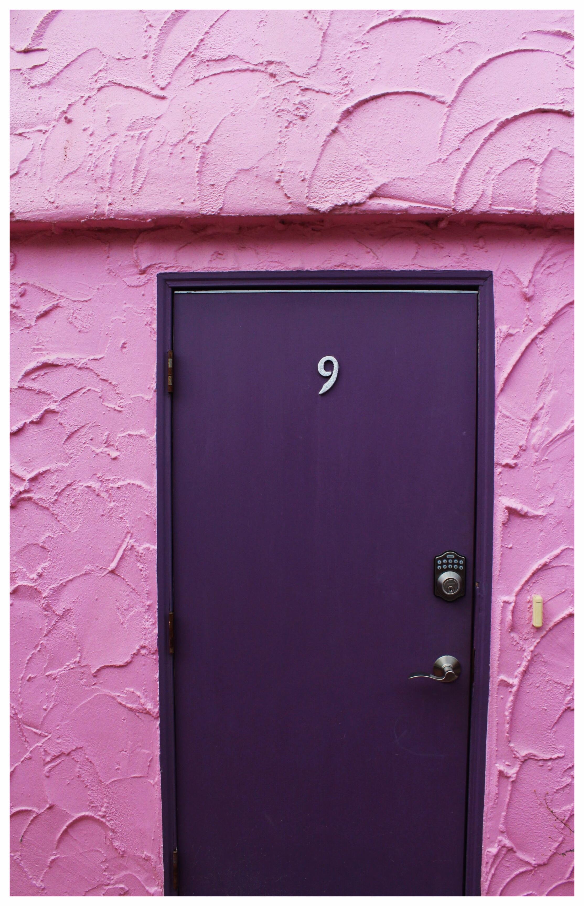 Capitola Venetian Hotel Purple Door