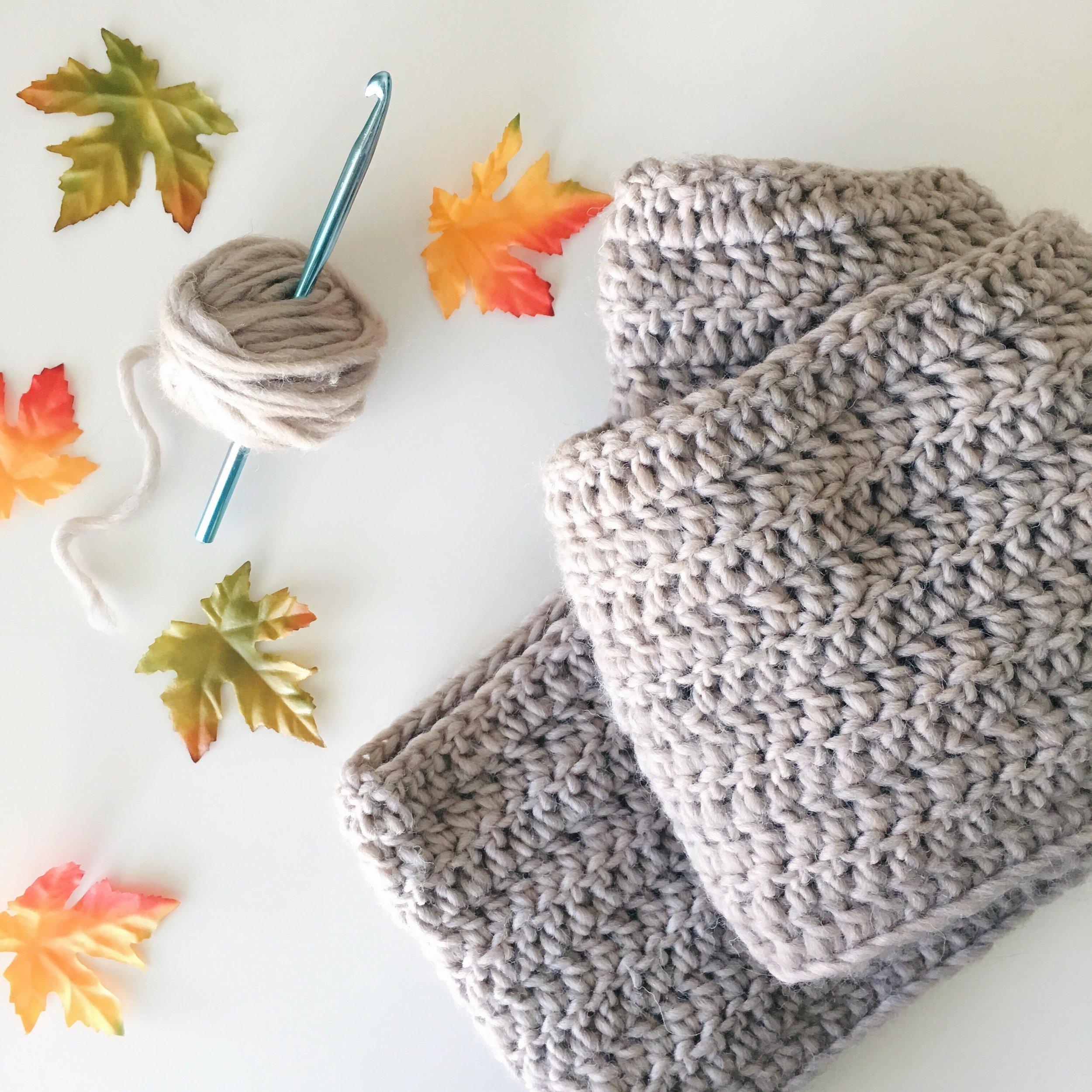 AlistStitches crochet infinity scarf