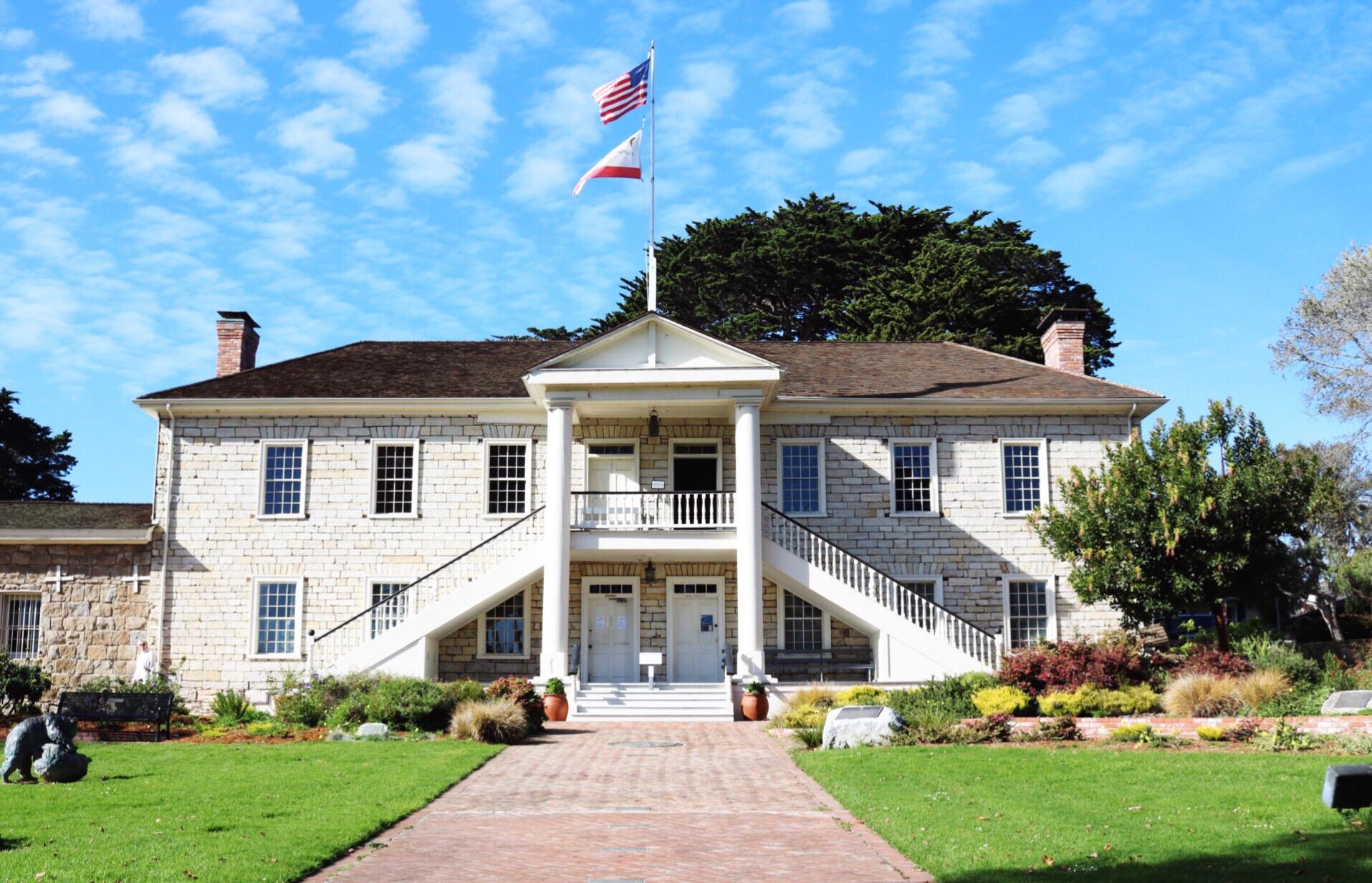 Monterey Beach Cotton Hall
