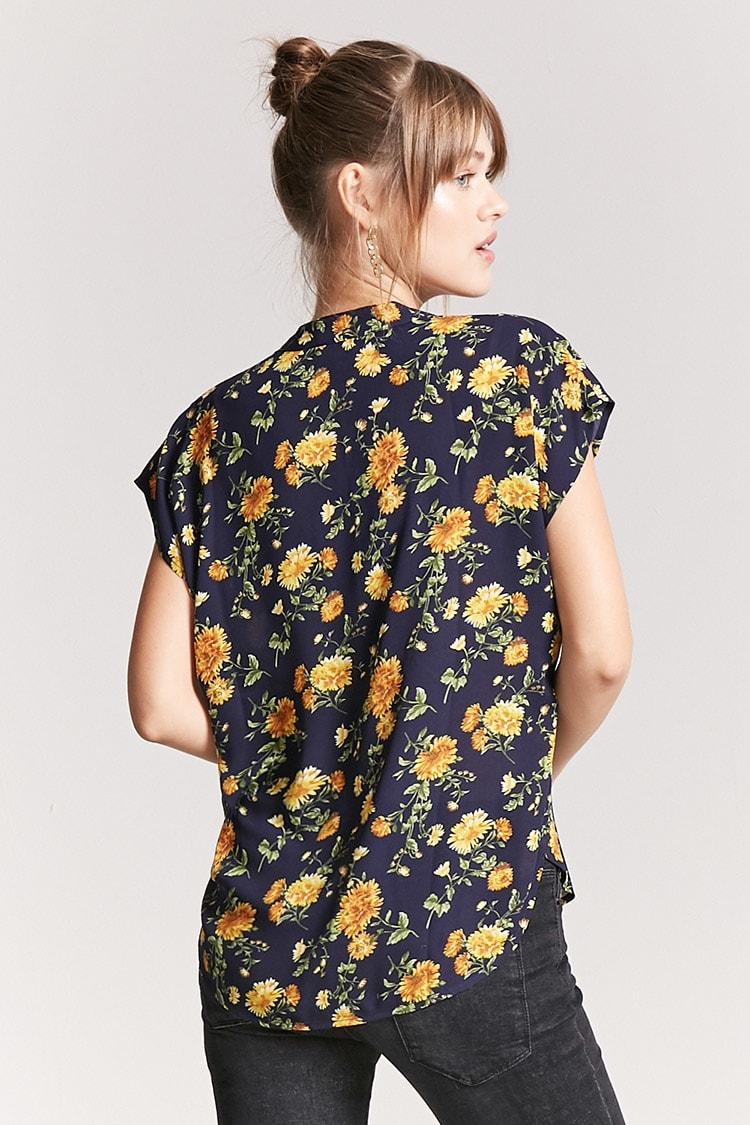 floral top.jpg