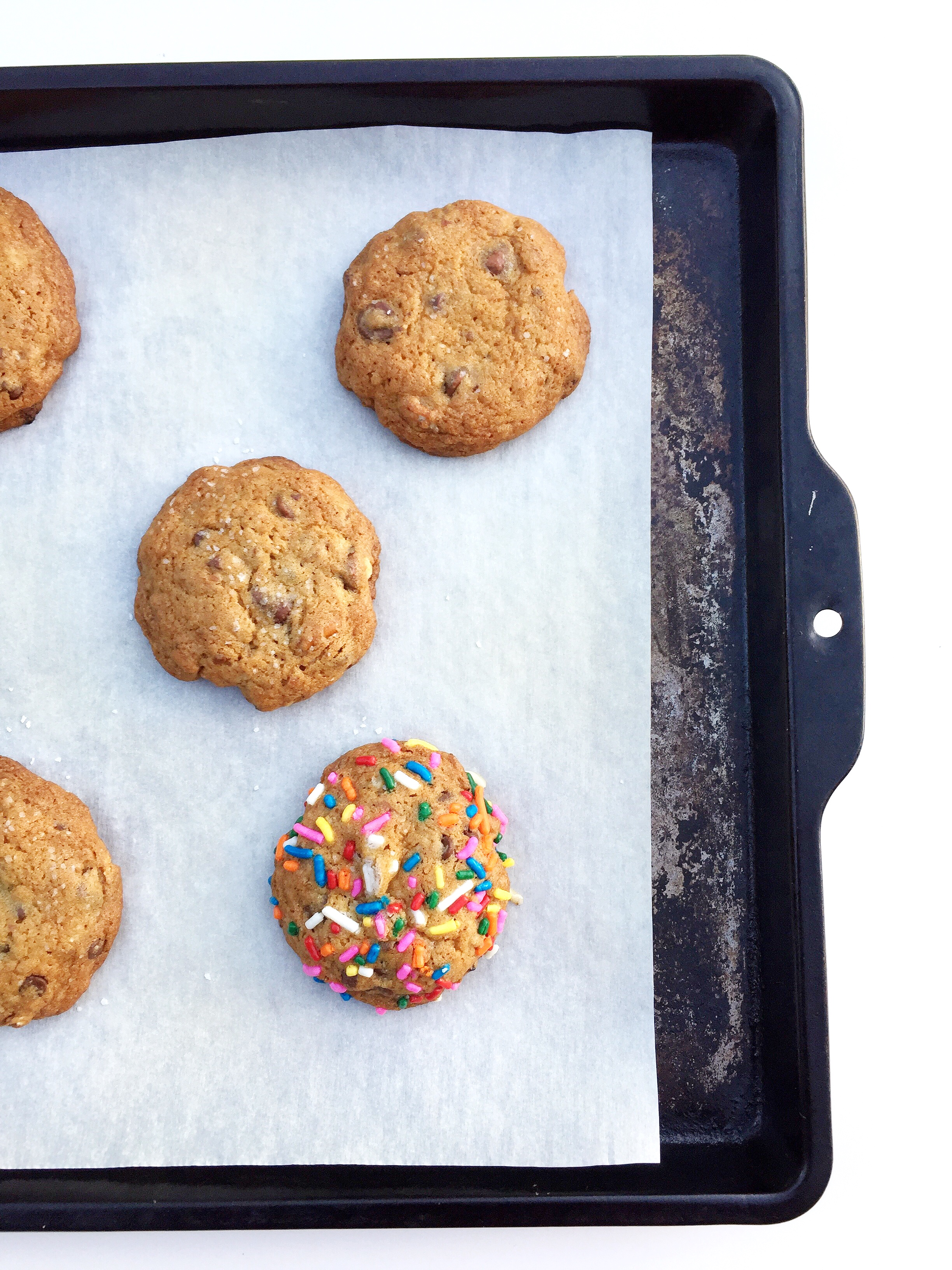 The scoop guarantees uniform cookies and it's not messy!