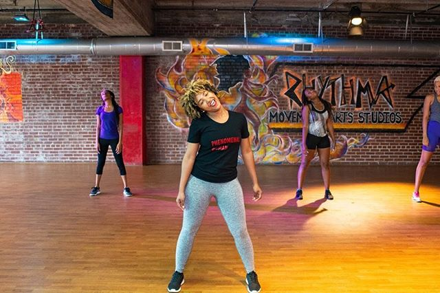 Warming up for the week like. ✨ . . Happy National Dance Day  and cheers to another MAGICAL EMPOWER HOUR!  We danced, we slayed, we supported each other and left feeling revitalized and renewed. ❤️👑❤️ #girlpower #atl #dance #herstory #femaleempowerment #femaleceos #girlbosses #tribevibe #mentalhealth #physicalwellness #fitness #rhythmastudios