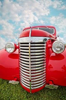 vintage-car-852233__340.jpg