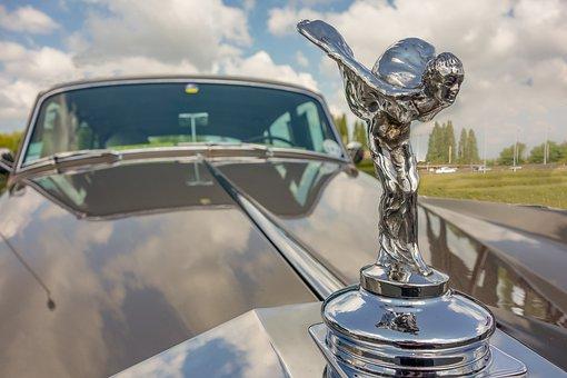 car-4202680__340.jpg
