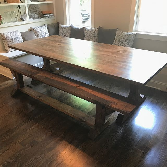Another beautiful table delivered today! This one was another cool build. We added in the custom bench to match. No steel, all wood. A little different from what I'm used to. But the farmhouse table is kind of growing on me! Congrats to the Chavez family on a great table! @lynnchavez310 • • • #customwoodwork #woodworking #woodwork #customtable #farmhousedecor #farmhouseliving #farmhousetable #farmhouse #custom #timberworkandco