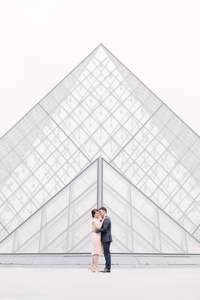 Paris Photographer - Couple private Louvre