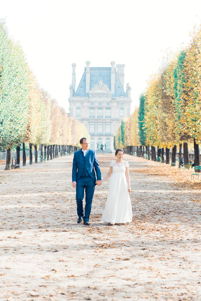Paris Photographer - Walking through the gardens
